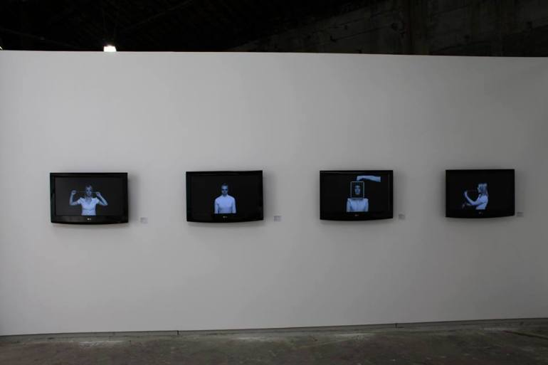Clare Strand, Installation 4