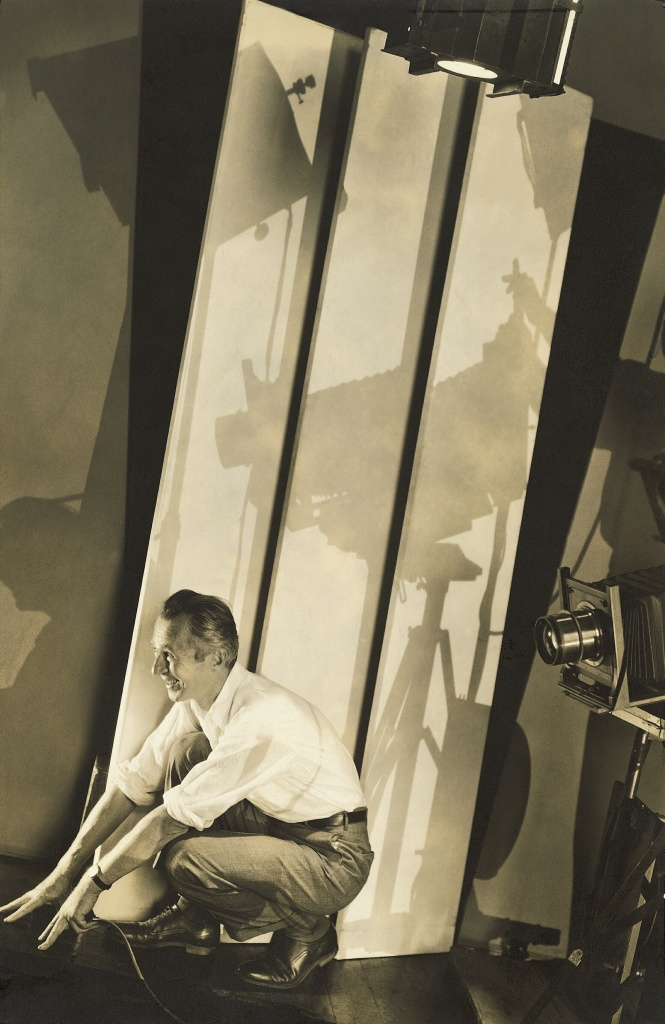 03_ Edward Steichen l Self-portrait with Photographic Paraphernalis, 1929