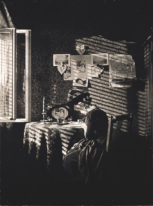 Alfred Stieglitz, Sun rays--Paula--Berlin, 1889